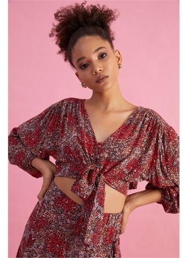 Z Giyim Kadın  Bej  Ön Bağlamalı Bluz Kırmızı